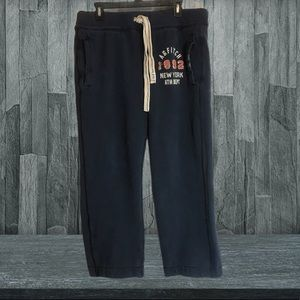 Abercrombie & Fitch logo sweat pants size medium